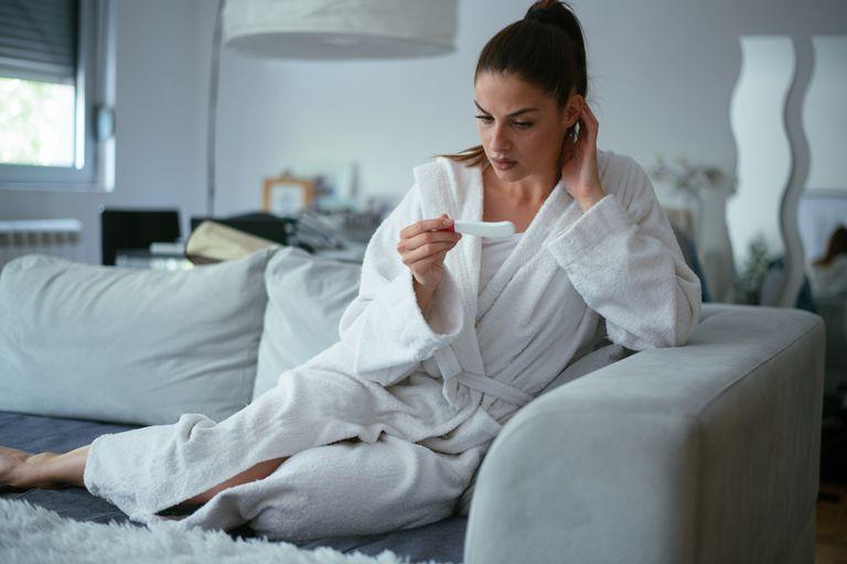 Шейка матки перед месячными на ощупь: домашнее обследование