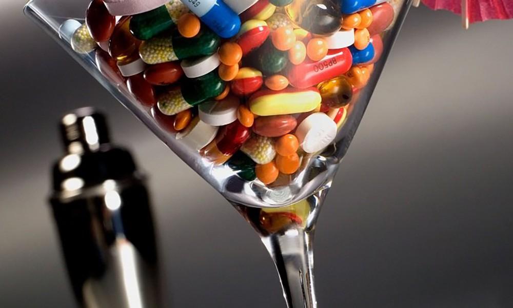 """""""Левофлоксацин"""" и алкоголь: совместимость, возможные последствия"""