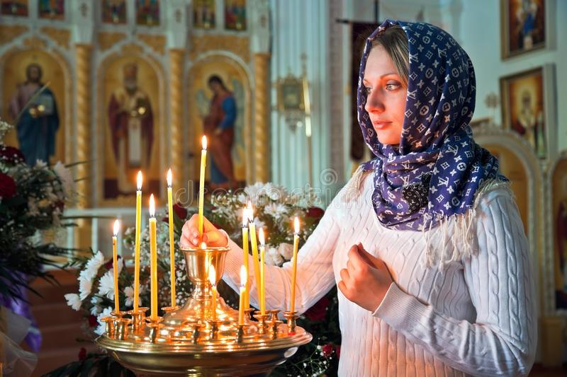Менструация и церковь — можно ли посещать храм