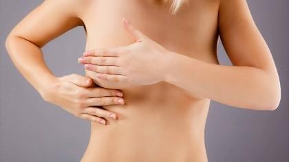 Болит грудь во время месячных и после: почему возникает боль, что делать, опасно ли это?