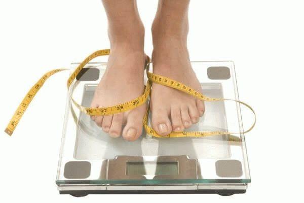 Набрать вес перед «критическими днями»: нормально ли это?