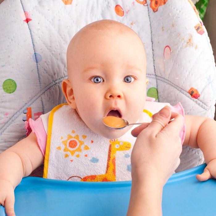 Чем кормить ребенка после рвоты: специальная диета и режим питания