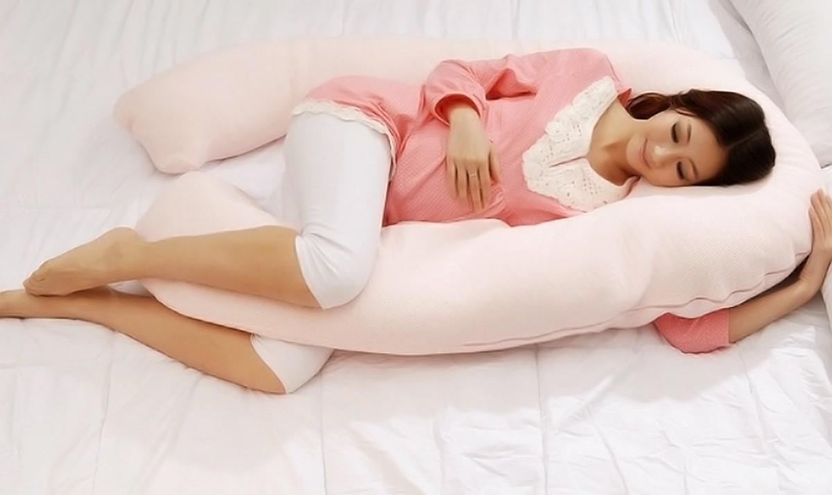 Шевеление плода при беременности: когда начинаются первые толчки