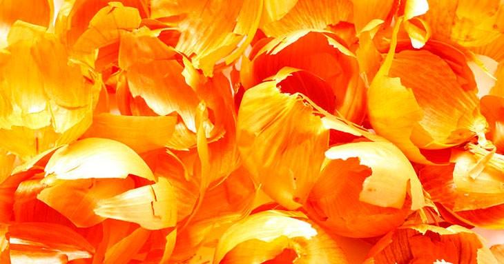 Луковая шелуха вызывает месячные: вымысел или эффективный рецепт