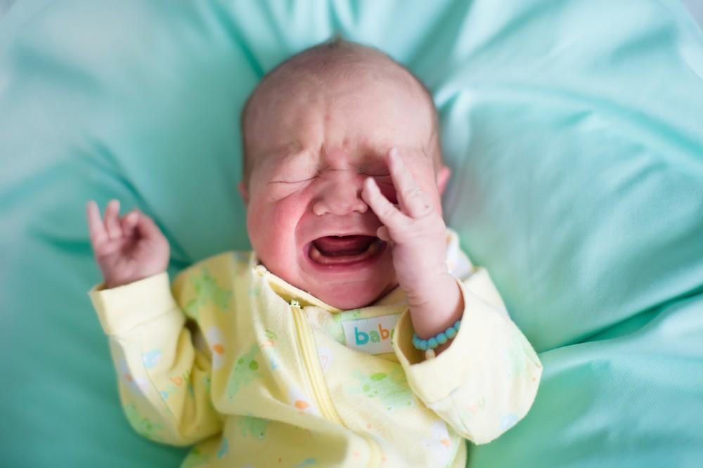 Фимоз у мальчиков: лечение в домашних условиях, до и после операции, физиологическая и рубцовая форма у грудничков и новорожденных